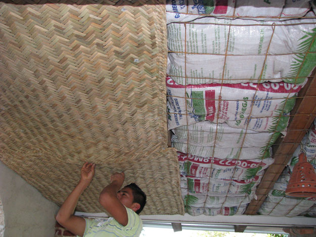 Using Earthbags As Ceiling Insulation